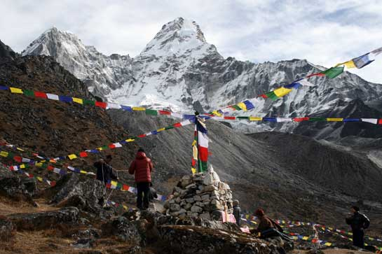 Stringing-Prayer-Flags-at-Base-Camp